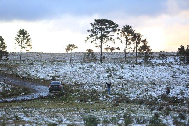 Serra Catarinense comemora a chegada da neve